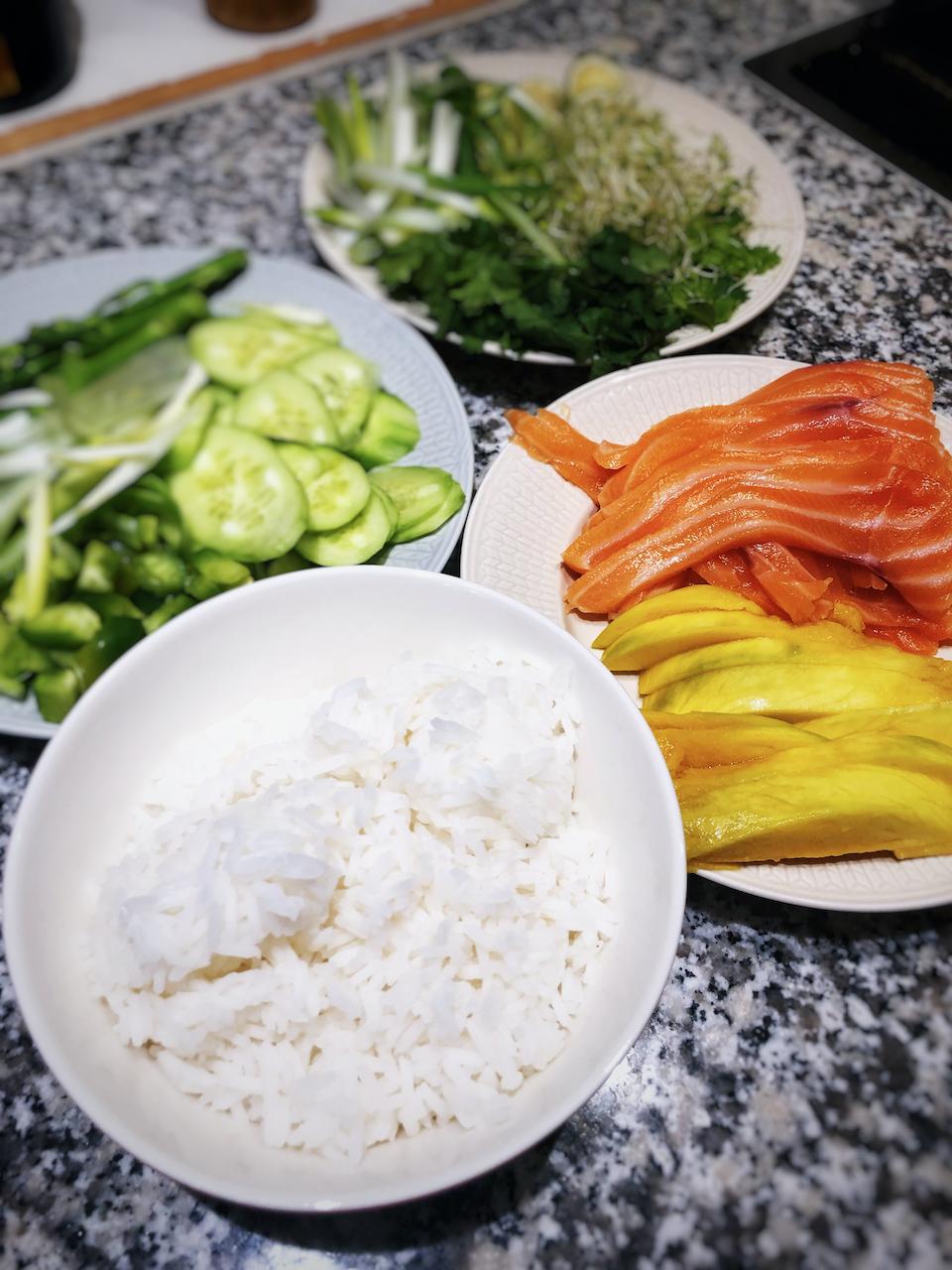 Poké bowl ingredients